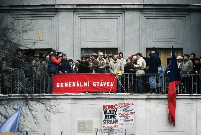 (1989) Révolution douce en TchécoSlovaquie