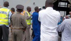 Transfert des pirates du Galicia au Kenya (crédit : Eunavfor Atalanta / Marine espagnole)