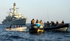Le HMS Montrose démantèle un groupe pirates près des rives somaliennes