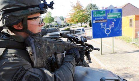 Troubles à la frontière belge, le battlegroup «saxon» intervient