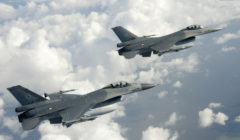 Une partie de la flotte des F-16 néerlandais au garage