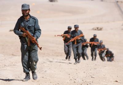 La nouvelle mission néerlandaise en Afghanistan : police, un peu ; militaire, beaucoup !