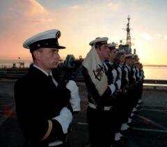 Conflit en Libye : le BPC Mistral et 2 frégates à disposition de l'UE