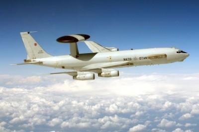 Les Awacs français et de l'OTAN ont placé l'espace libyen sous surveillance