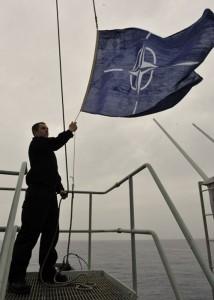 L'opération Odyssey Dawn passe sous commandement de l'OTAN. Enfin presque…