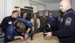 Gardes privés ou marines contre les pirates ? Les Pays-Bas et le Danemark réfléchissent