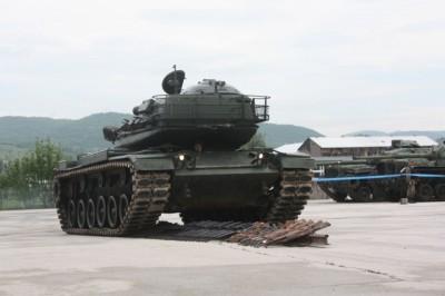 Les budgets de défense diminuent en Europe, le poids franco-britannique se renforce…