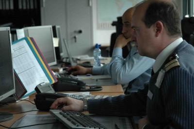 http://www.bruxelles2.eu/wp-content/uploads/2011/05/HOmmesEatc246a-400x265.jpg