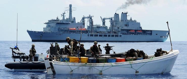 La Chambre des communes tance son gouvernement sur la piraterie