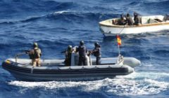 Les pirates attaquent… le navire amiral d'Eunavfor (maj)