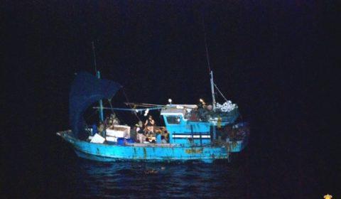 Et un bateau-mère de moins. Libération d'un dhow sri-lankais (Maj2)