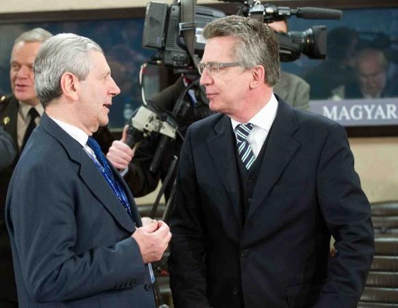 Les ministres italien et allemand veulent renforcer l'Europe de la Défense