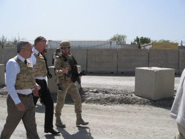 Le dispositif belge en Afghanistan. Retrait en bon ordre. Chèque de 12 millions d'euros, sous conditions
