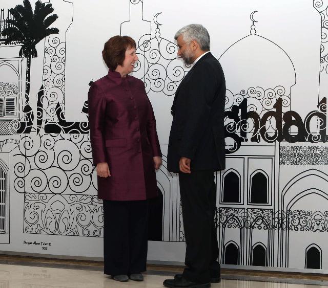 """Catherine Ashton et Said Jalili sont désormais de vieilles """"connaissances"""", ici à Bagdad fin mai (crédit : Commission européenne)"""