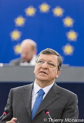 Barroso plaide pour une «review» complète des capacités de défense