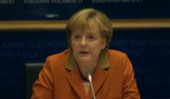 L'Europe c'est de la politique intérieure. Angela défrise les eurodéputés…