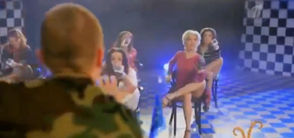 Mamma Mia, les Russes reviennent !