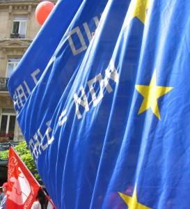 """La levée de boucliers qu'avait soulevé la directive Bolkestein devait être """"réactionnaire"""", aussi ! (© B2 / NGV)"""