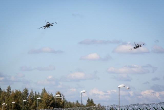 Les F-16 belges de garde sur les pays baltes