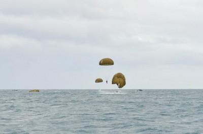 entrainement de parachutistes - archives (Crédit : Ministère français de la Défense)