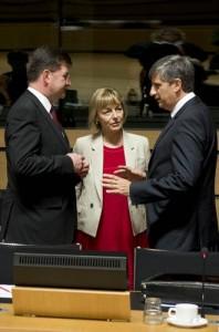 Les ministres slovaque, croate et autrichien des Affaires étrangères, Lajack, Pusic, Spindelegger (Crédit : Conseil de l'UE)