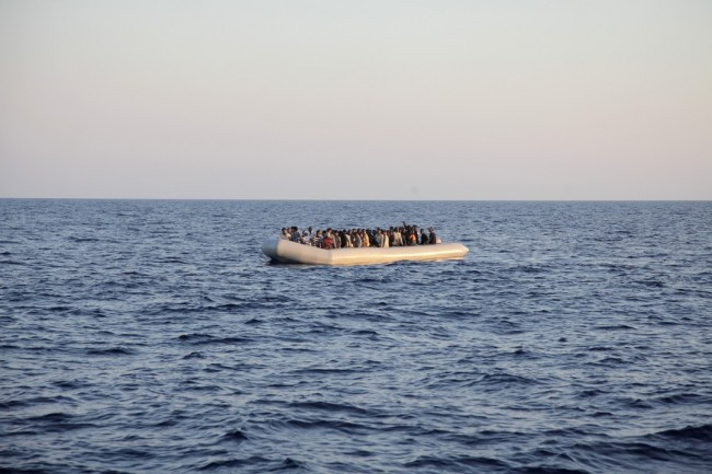 Migrants/Réfugiés. «Les Etats restent responsables en haute mer» (Philippe de Bruycker)