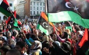 État d'urgence à Tripoli. Discussions à Bruxelles. Préparation à Washington
