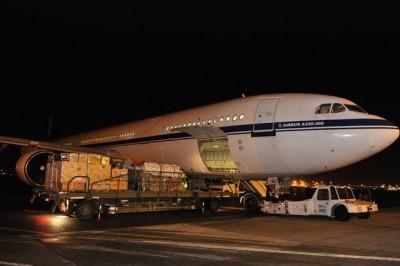 L'Airbus A330 belge en chargement à Zaventem, en novembre (crédit : armée belge)