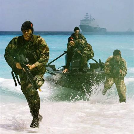 (crédit : ministère néerlandais de la Défense, archives 2006)