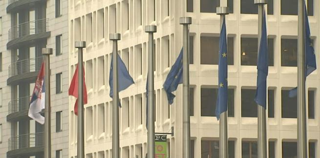 L'Europe hisse le drapeau serbe : Историјски дан