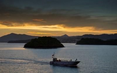 Le Siroco dans l'archipel de Mayotte (Crédits: EUNAVFOR Somalia)