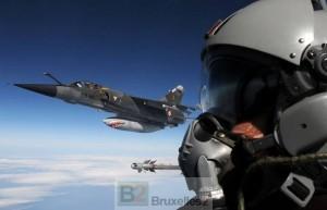 Avions français en renfort dans le ciel balte promet Le Drian à Tallinn