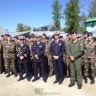 Une partie des équipages français autour du général Mercier (© NGV /B2)