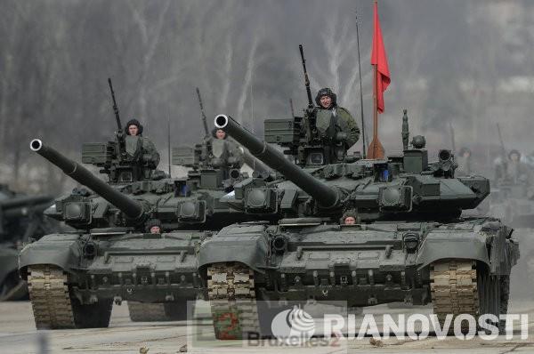 Le G7 excédé anime le gourdin des sanctions. Dernier appel à la Russie