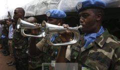 Casques bleus de la mission UNMISS lors des commémorations du génocide du Rwanda le 7 avril 2014 (Crédit : UNMISS)