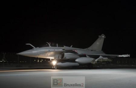 Les alliés frappent une base de ISIL près de Kirkouk. François Hollande commente