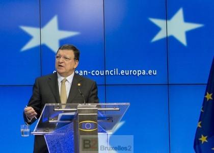 Barroso dans son exercice préféré, explication à la presse après un sommet  des Chefs (crédit : Conseil de l'UE)