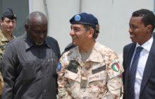 Le général Mingiardi avec le ministre de la Défense somalien (crédit : SEAE)