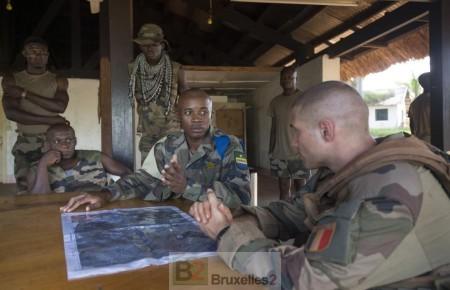 Point de situation entre la MINUSCA Et le GTIA Magenta à N'Gakobo (près de Bambari) (crédit : Etat-Major des armées / ECPA)