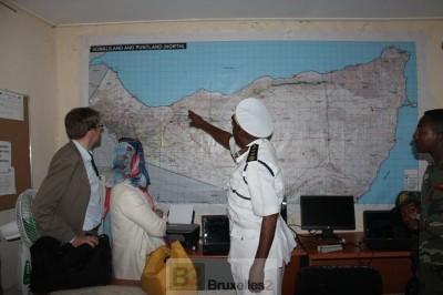 Sur la carte, l'amiral  Ahmed Aw-Osman Abdi, chef des gardes-côtes, au Somaliand (crédit : Eucap Nestor)