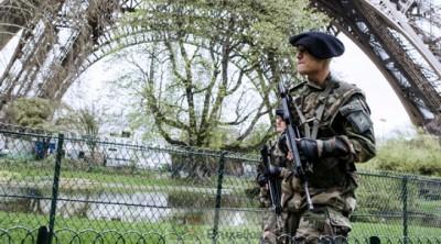 Armée déployée en France. Une «opération intérieure» de protection