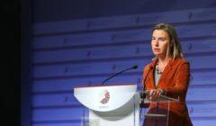 Face à ce terrorisme, le défi culturel est sans doute le plus important, Fed. Mogherini répond à B2 (Crédit : Présidence lettone de lUE)
