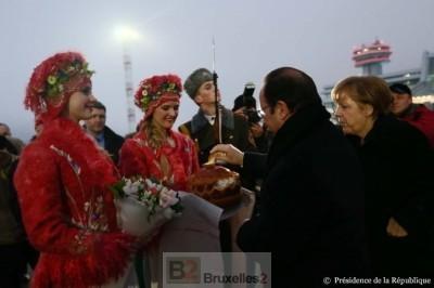 François Hollande et Angela Merkel à Minsk (crédit : Elysée)