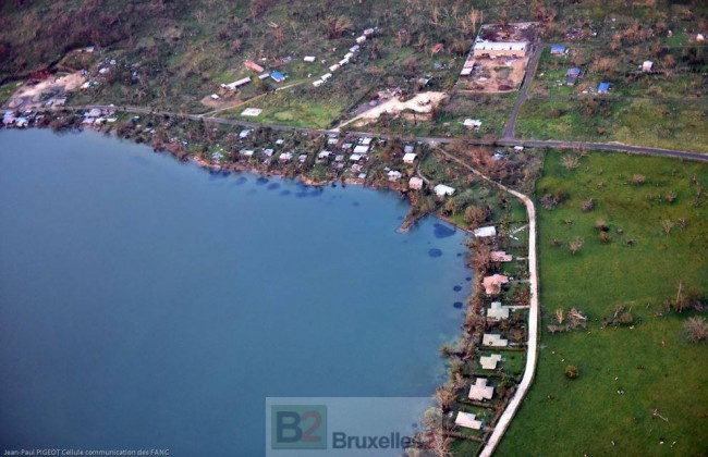 Une vue aérienne de l'ile (Crédit : Etat-major des armées / Armée de Terre)