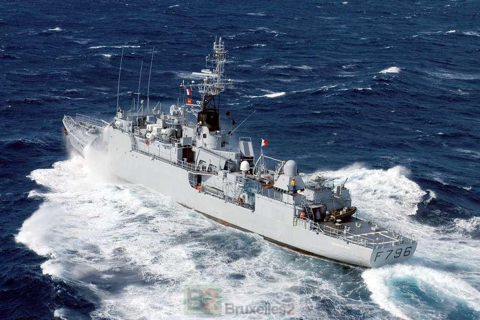 L'aviso Commandant Birot au sud de la Sicile en renfort de l'opération Triton