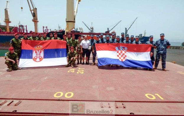 Croates et Serbes se passent le relais dans l'Océan indien