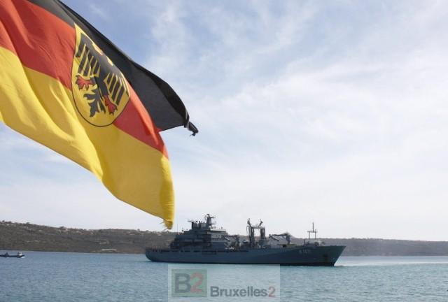 Le navire de soutien Berlin à Souda (crédit : Bundeswehr)