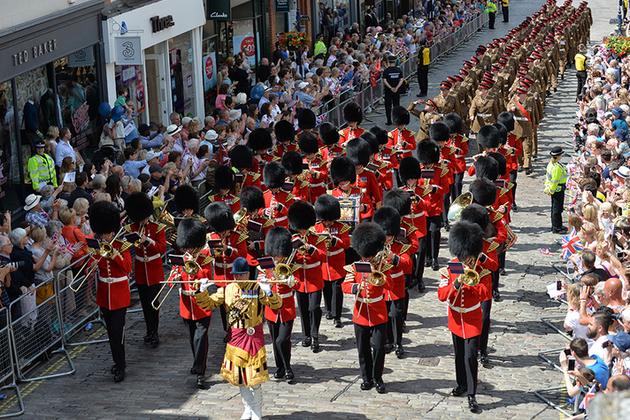 Une stratégie, c'est un comme un défilé, c'est beau, mais ca ne dure que le temps d'un défilé (crédit : MOD UK)