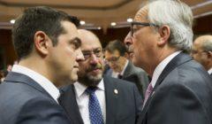 Alexis Tsipras en conversation avec Martin Schulz (PE) et JC Juncker (CE) au dernier Conseil européen (crédit: CUE)