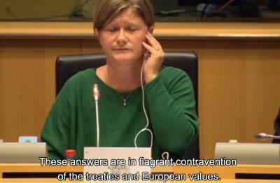 Kinga Gal qui présidait la séance a eu bien du mal à faire taire Louis Michel (crédit : Europarl TV)